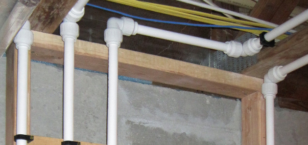 Plumbing pipes using speedfit